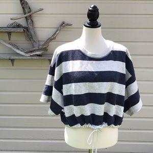 American Eagle - cropped sweatshirt - L